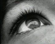 Non Bastano gli Occhi – di Davide Daloisio